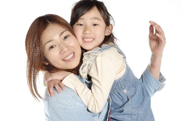 子供と頬ずりできるママファンデーション